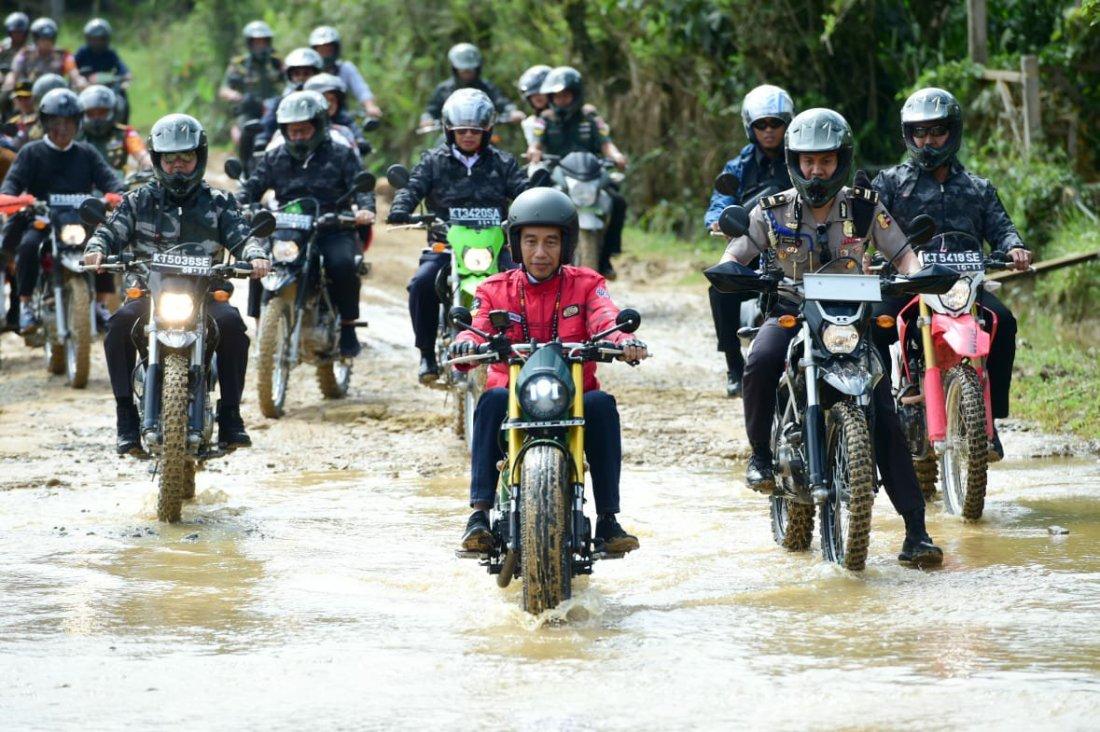 Presiden Jokowi Tinjau Pembangunan Irigasi dan PLBN di Nunukan