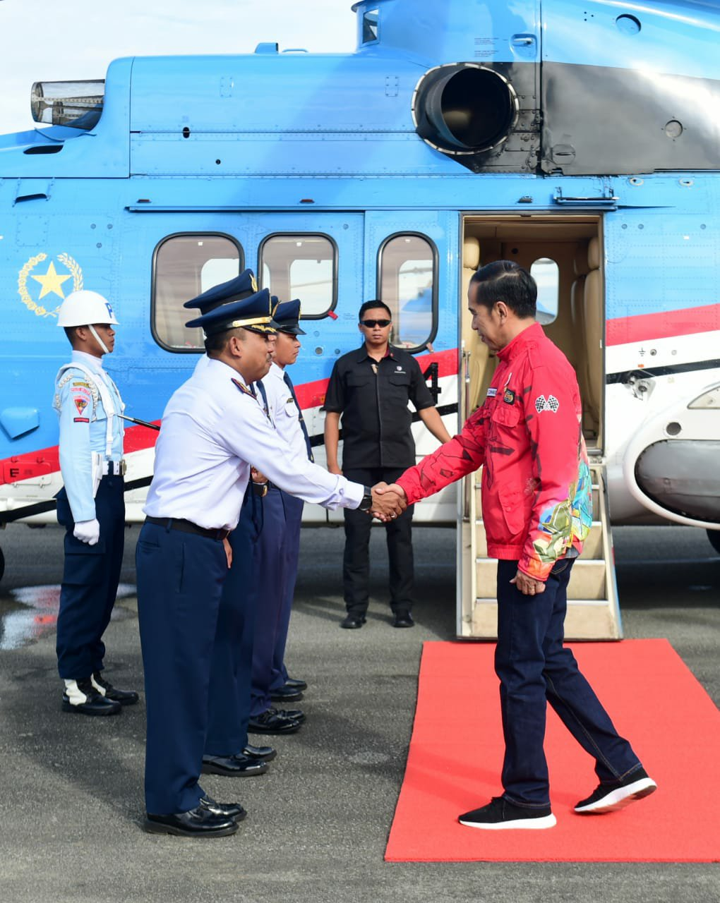 Jokowi Tinjau Jalan Perbatasan dan Potensi Hydro Power di Kalimantan Utara