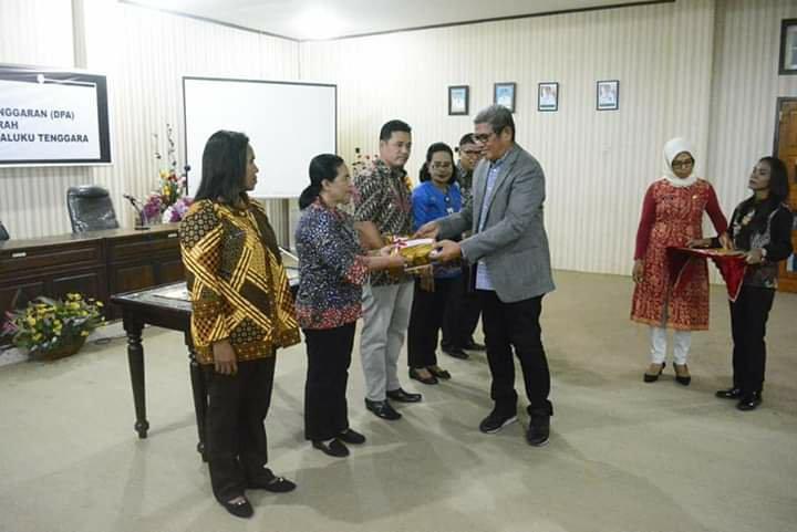 M. Thaher Hanubun Ajak OPD Kawal APBD 2020 Pada Penyerahan DPA Perangkat Daerah