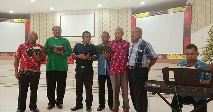 Max Kafiar Pimpin Ibadah Pembinaan Mental di Pemkab Biak Numfor
