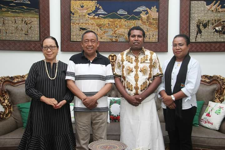 Herry Naap Diskusi Tentang Pariwisata Bersama Kalatiku Paembonan di Toraja