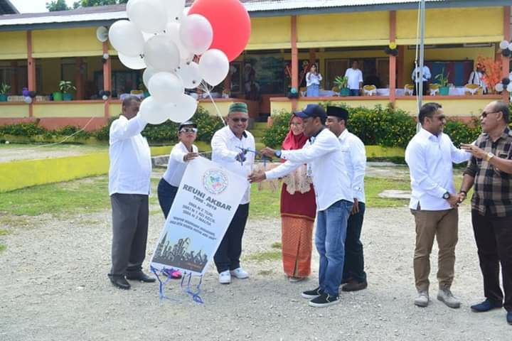 Wabup Beruatwarin Hadiri Reuni Akbar 3 SMA di Maluku Tenggara