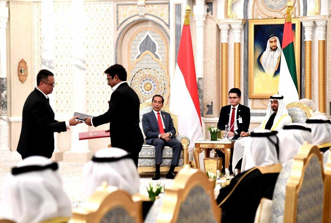 Jokowi dan Putra Mahkota Abu Dhabi Sepakat Tingkatkan Kerja Sama Ekonomi dan Pendidikan Keislaman