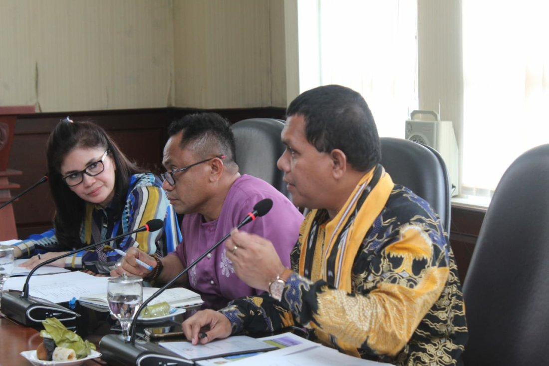 Iman Suroso Mendorong Pendirian Sekolah Pelayaran di Maluku