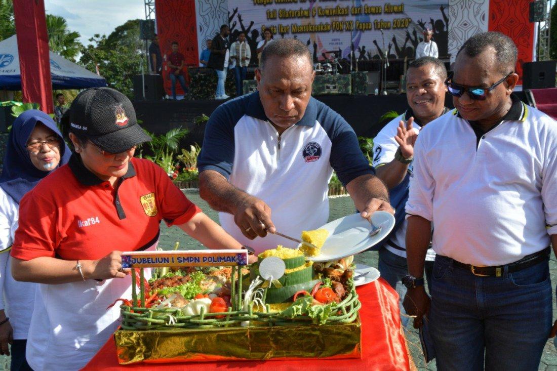 Herman Asaribab Gelar Silahturahmi Alumni Sekolahnya di Makodam Cenderawasih