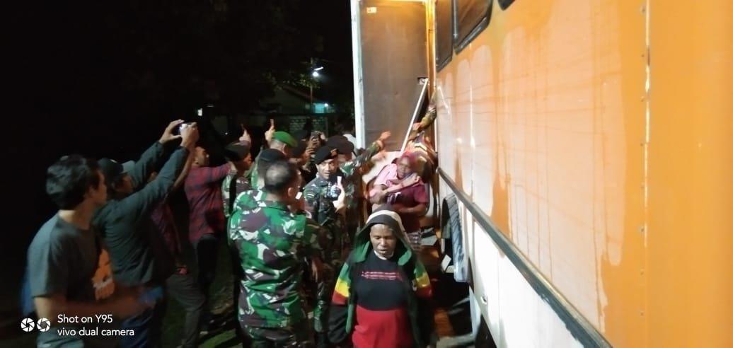 699 Warga Distrik Tembagapura Dievakuasi Gelombang Kedua
