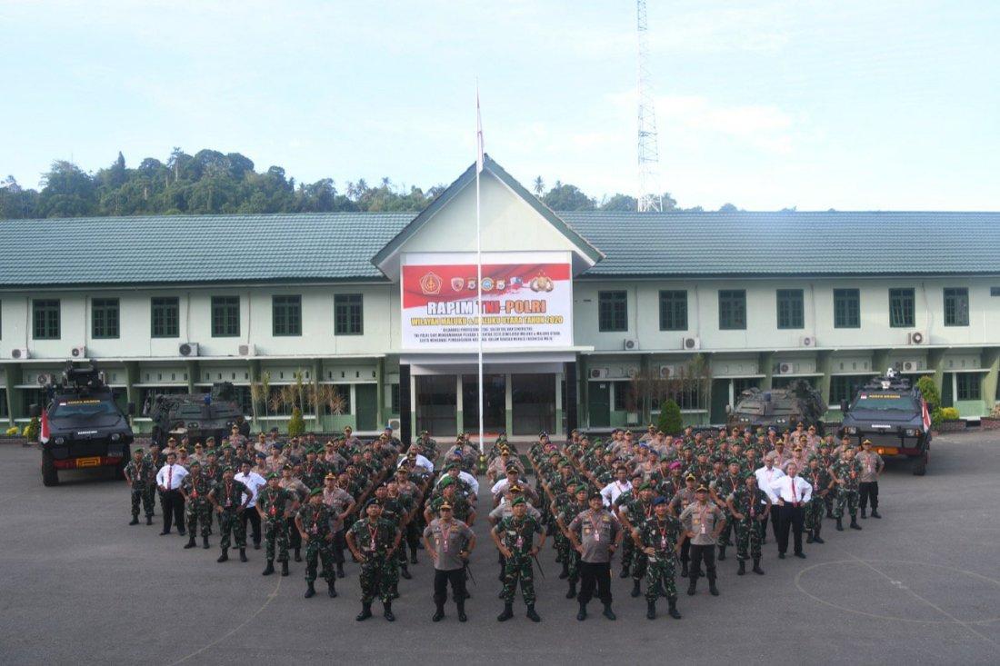 Baharudin Djafar hadiri Rapim TNI Polri Wilayah Maluku dan Malut di Ambon