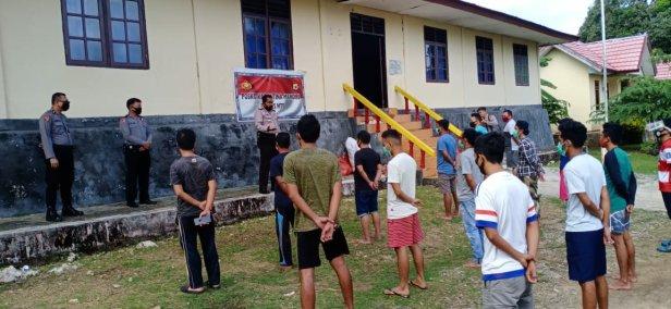 Adolof Bormasa Memotivasi Pelaku Perjalanan di Aula Bhayangkara Polres MTB