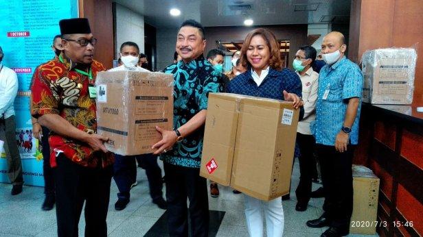 Gustu C-19 Maluku Kembali Terima Sejumah Bansos Masyarakat Terdampak Corona