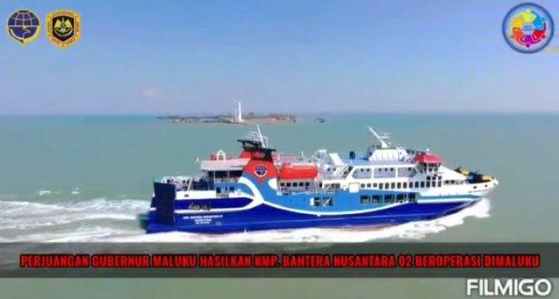 Dukung konektivitas di Maluku, Budi Karya Sumadi Serahkan KMP Bahtera Nusantara 02 Kepada Murad Ismail