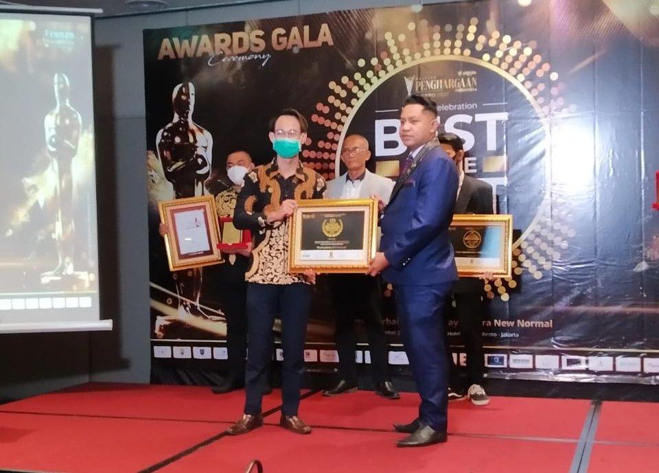 Indonesian Youth Updates (IYU) Terima 2 Penghargaan di Jakarta