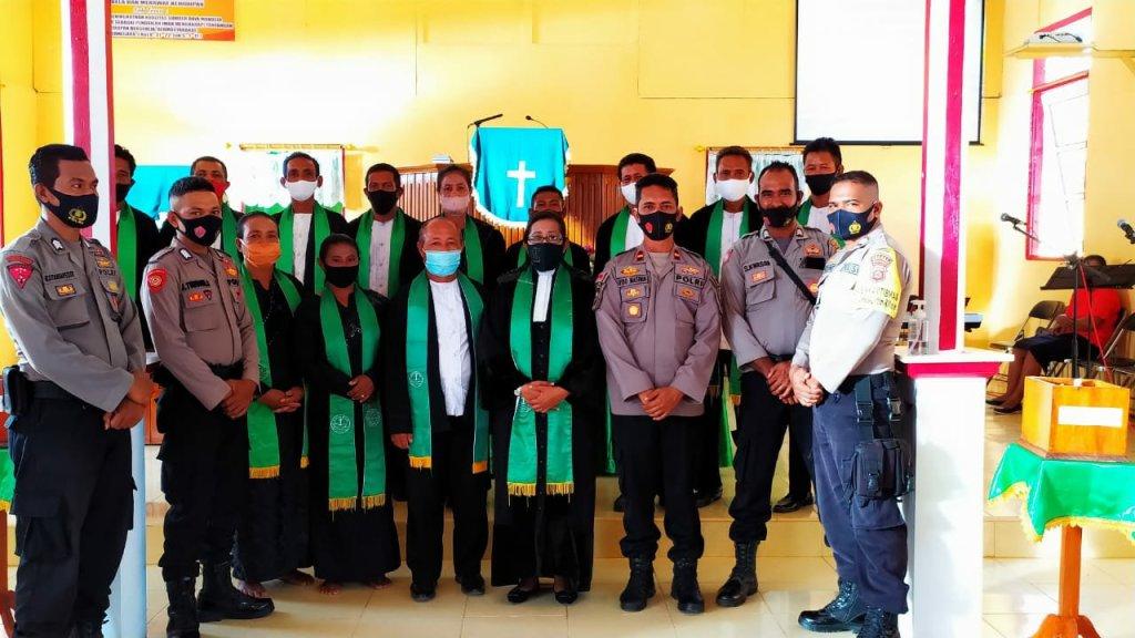 Rido Masihin Sosialisasi Perbub Penanganan Covid Ke Jemaat GPM Karlutu dan Warasiwa