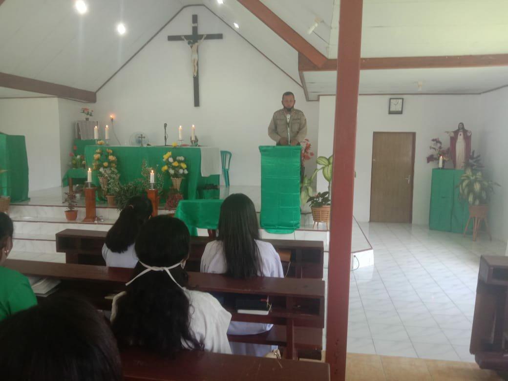 Muhammad Sabaar Ajak Warga Katolik di Kariyano Jaga Kamtibmas dan Perangi Covid