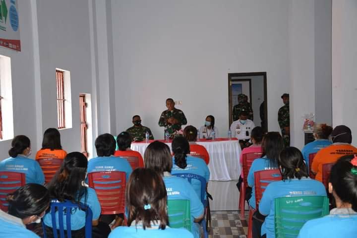 Arnold Ritiauw Kunjungi Warga Binaan di Lapas
